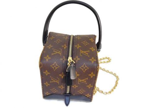 Кожаная женская сумочка Louis Vuitton (Луи Виттон) Cube